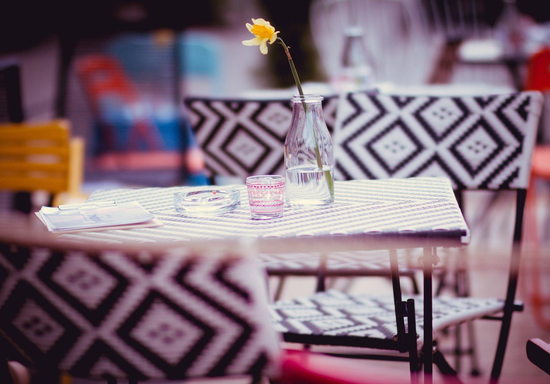 restaurant-1284365_1920